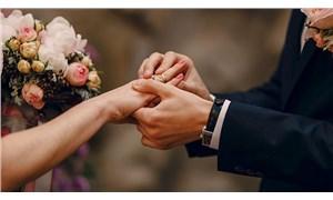 Bilim Kurulu Üyesi Özlü'den düğün açıklaması