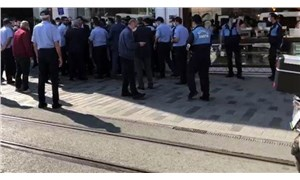 İBB ve Beyoğlu zabıta ekiplerini karşı karşıya getiren takın kalan parçalarını kaldırdı