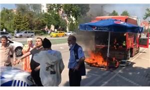 Kamyonetinden satış yapmasına izin verilmeyince ateşe verdi: Garibanım, ekmek teknem bu, ne istiyorsunuz benden?