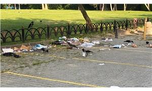 Sosyal mesafesiz eğlenceden geriye çöp yığınları kaldı