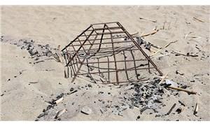 Caretta caretta yuvasının üzerinde ateş yaktılar