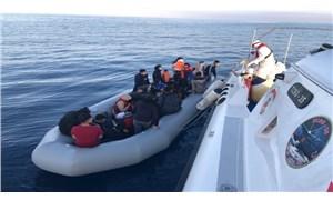 İzmir açıklarında mahsur kalan 37 sığınmacı kurtarıldı