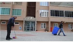 Salgın, apartman görevlilerinin iş yükünü arttırdı