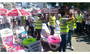 Kuzey Kıbrıs'ta turizmciler hükümeti protesto etti