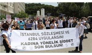 Öldürülen sağlık çalışanı Ayşegül Aktürk, çalıştığı hastanenin önünde anıldı