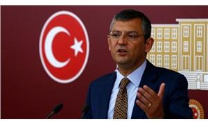 Meclis'te yumruklu saldırıya uğrayan CHP'li Özel: CHP sizden korkmayacak