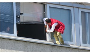 Kadıköy belediyesi'nin binasında intihar girişimi