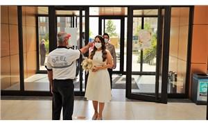 İstanbul'da nikah daireleri kilitlendi
