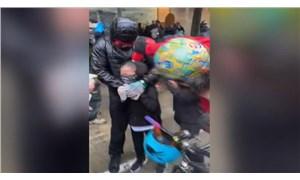 ABD'de polis 7 yaşındaki çocuğun yüzüne biber gazı sıktı