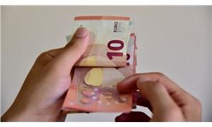Türkiye'ye gelirken yanında 10 bin avro üzeri nakit bulunduranlar beyan etmeli: El konulabilir