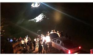 Minibüs nehre uçtu: 4 can kaybı, 3 yaralı, 1 kayıp