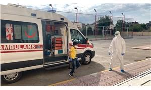 Covid-19 tedavisi gören gençler, ambulanslarla sınava götürüldü