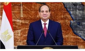 Sisi, Mısır ordusunun Libya'ya müdahale edebileceğini açıkladı