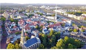 Almanya'da ikinci dalga kapıda: Bir şehir karantinaya alındı