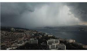 İstanbul'da sağanak ve dolu: 1 kişi hayatını kaybetti