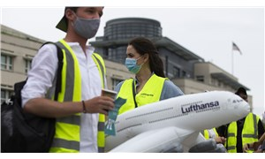 Lufthansa çalışanları şirketin kaderini belirleyecek karar öncesi sokağa çıktı