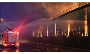 Adana'da bir nişasta fabrikasında yangın çıktı
