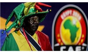 Afrika Uluslar Kupası 2022'ye ertelendi