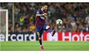 Lionel Messi kariyerinin 700. golünü attı