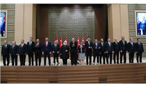 Hürriyet yazarı: Kabine değişikliği için iki tarih konuşuluyor