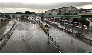 Meteoroloji ve AKOM'dan İstanbul için sağanak uyarısı