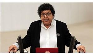 Cumhuriyet Kadınları Derneği'nde kriz: Kurucu BaşkanŞenal Sarıhan istifa etti