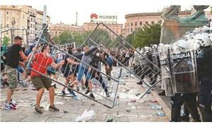 Sırbistan'daki hükümet karşıtı protestolar sürüyor