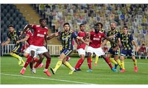 Fenerbahçe, Sivasspor'a 2-1 yenildi