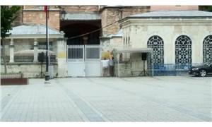 Ayasofya'nın girişindeki müze tabelaları kaldırıldı