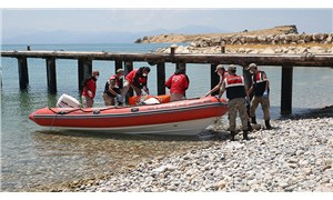 Van Gölü'nde batan teknede 4 kişinin daha cansız bedenine ulaşıldı