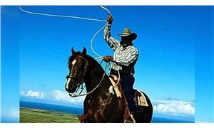 Atlı ve drone'lu 'kurban yakalama timi'ne kement atma eğitimi