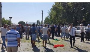 Aydın'da bamya üreticileri eylemde: Yol kapatıp eylem yaptılar