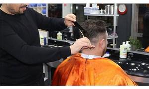 İzmir'de jiletle sakal tıraşı ve makyaj yasağı kaldırıldı