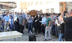 Pınar Gültekin'in cenazesini kadınlar omuzladı