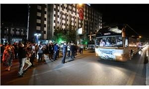 AKP'li belediye salgın dinlemedi: Bin 453 kişiyi Ayasofya'daki Cuma namazına götürdüler