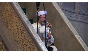Diyanet İşleri Başkanı Erbaş, kılıçla hutbe okudu: Vakfedileni çiğneyen lanete uğrar