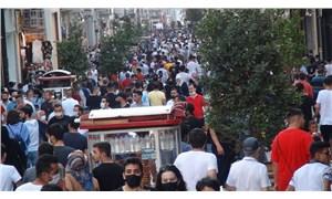 İstiklal Caddesi'nde yoğunluk: Koronavirüs tedbirleri hiçe sayıldı