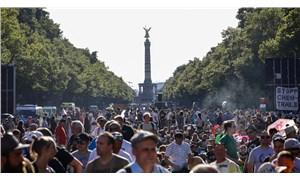 Almanya'da hükümet, maske karşıtlarına tepki gösterdi: Gösteriler kabul edilemez