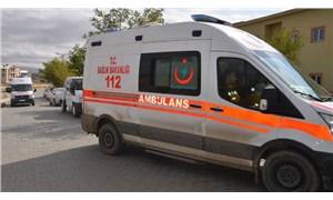 Hakkari'de minibüs şarampole yuvarlandı: 6 kişi hayatını kaybetti