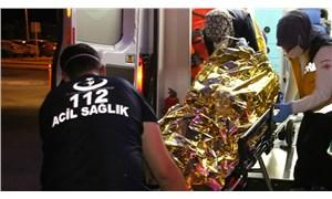 Zabıta ekiplerince tezgahına el konulmak istenilen seyyar satıcı üzerine benzin döküp kendini yaktı!