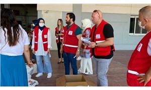 AKP'liler Kızılay çatısı altında yardım paketi dağıttılar!