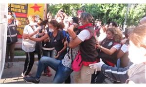 İzmir'deki İstanbul Sözleşmesi eylemine polis müdahalesi: 16 gözaltı!