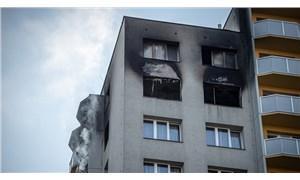 Çekya'da bir apartmanda çıkan yangında 11 kişi yaşamını yitirdi