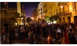 Lübnan'da protestolar sürüyor: Çevre Bakanı da istifa etti