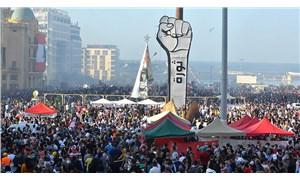 Lübnan'da bakanlık binaları basılıyor, öfke büyüyor: Halk hesap soruyor
