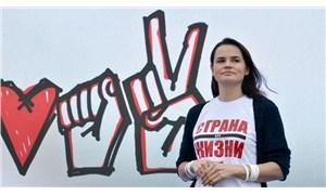 Muhalefetin adayı Tihanovskaya, Belarus'u terk etti