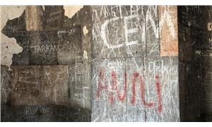 Ani'deki tarihi yapıtların duvarları, vandalların hedefi oldu