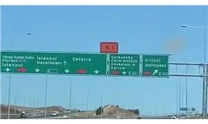 Karayollarında kurnazlık: Sürücüler yüksek ücretli yola girsin diye tabela eksik yazılmış!