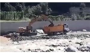 Salgın nedeniyle halkın karantina altında olduğu Güneysu'da 'özel izinle' HES inşaatı yapılıyor