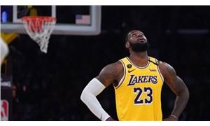 NBA oyuncuları sezonun akıbeti için oylama yaptı, LeBron James toplantıyı terk etti